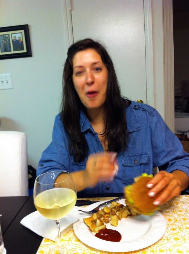 crabburgereating4